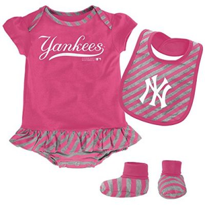 MLB-New-York-Yankees-Infant-Girls-Bib-Booty-Set-18-Months-Poster-Pink-0